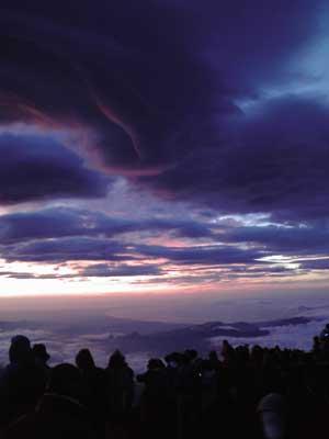 富士山に初登頂のJPG